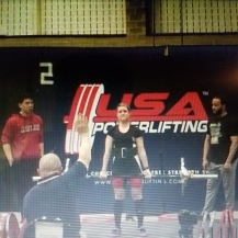 Autumn deadlifting in her first powerlifting meet (April 2016)